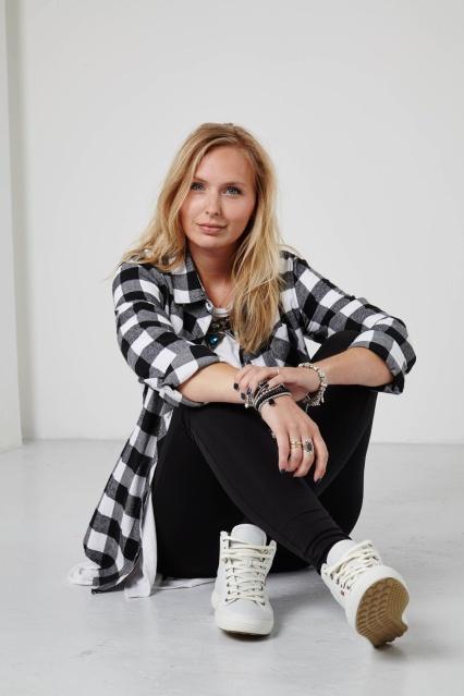 Lotte van Raalte, Fashion shoot, look