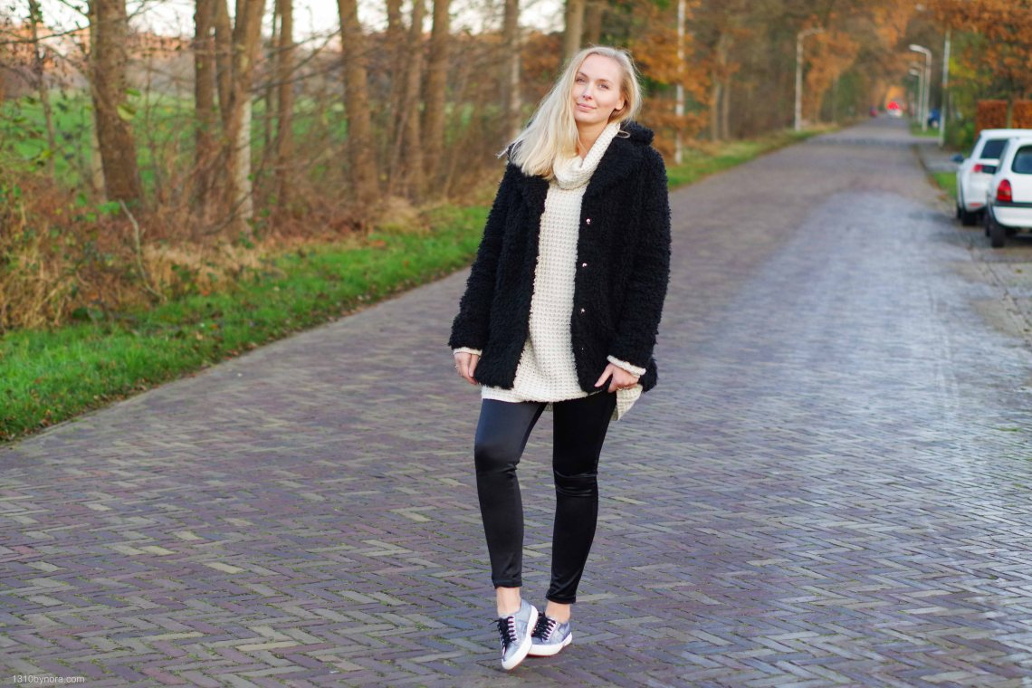 Outfit, Black and white, Shine, Superga sneakers, Teddy coat,