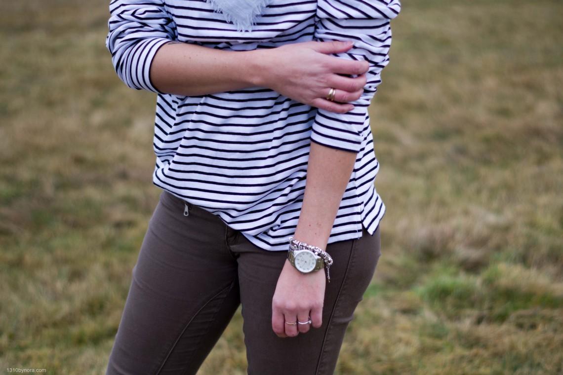 Details, stripes, zinzi watch, H&M top,