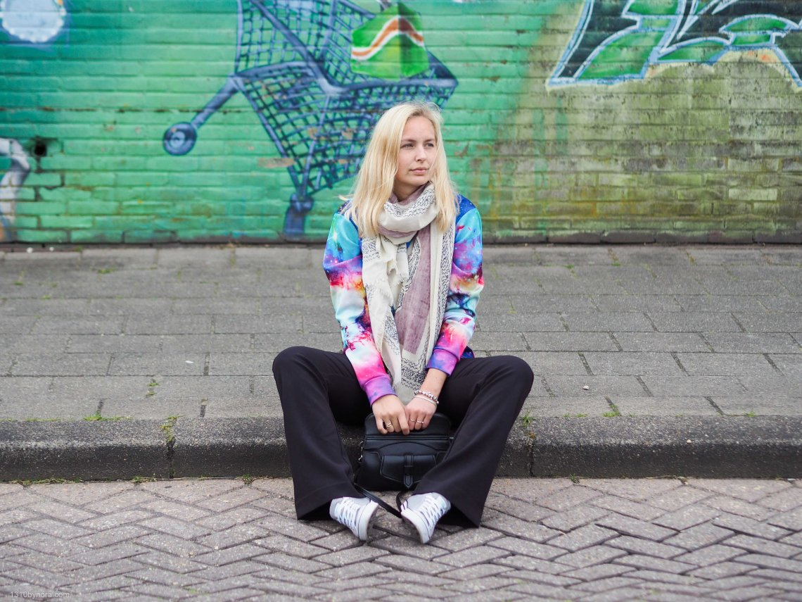 Outfit, Colorful, Flared pants, Personalstyle, 130bynora, Sweater, Vintage bag,